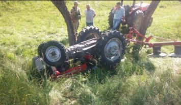 Traktörün altında kalan bir kişi öldü