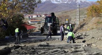 Belediye Çalışmalarını Sürdürüyor
