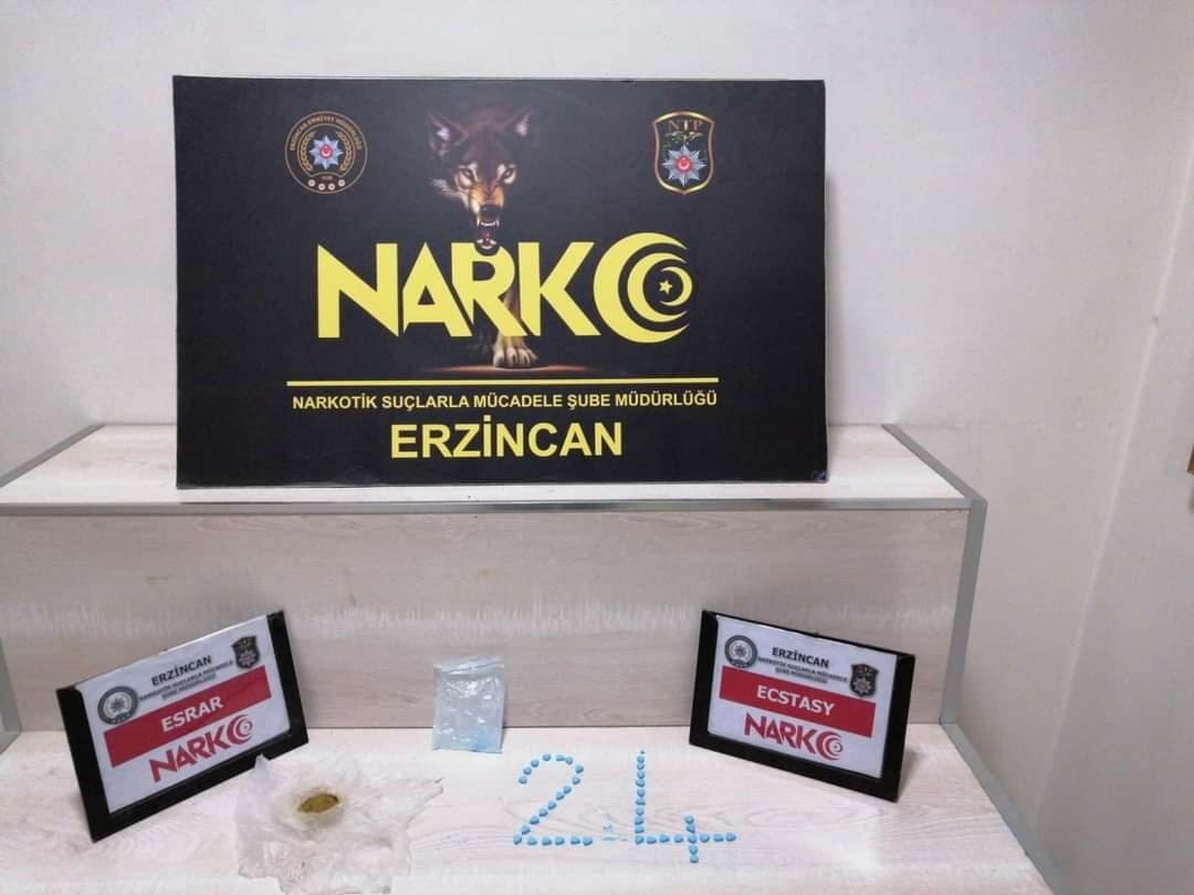 Erzincan'da düzenlenen uyuşturucu operasyonlarında 8 kişi gözaltına alındı