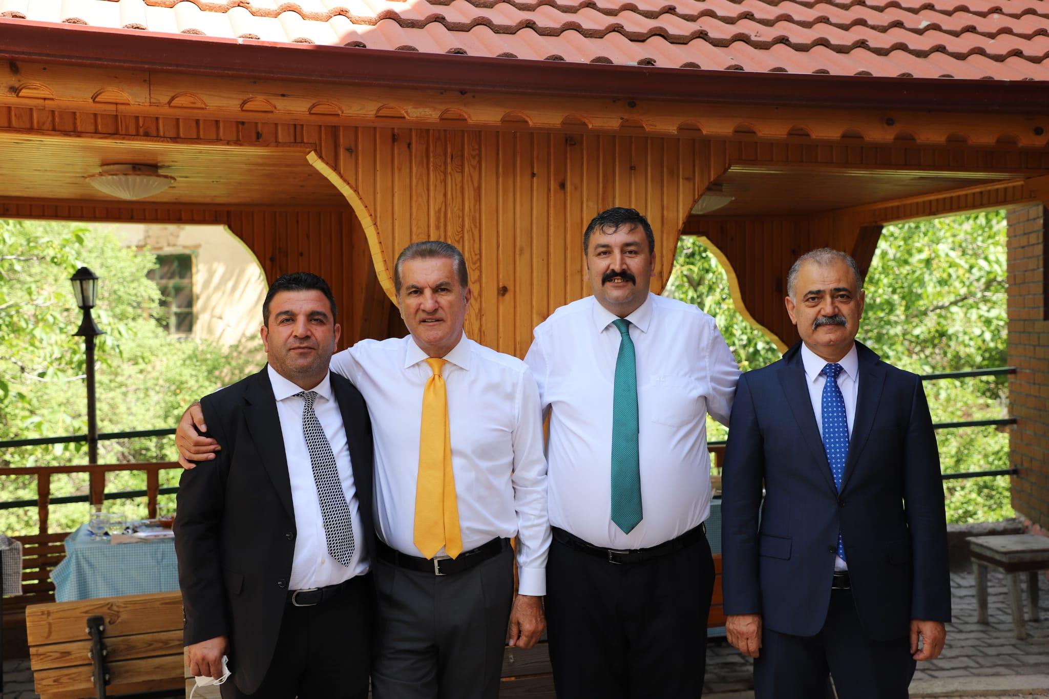 Erzincan Sarıgül'ü Bağrına Bastı