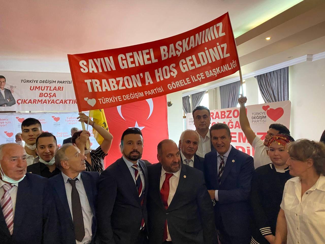 Volkan Aslanbaş: Trabzon Sadece Karedenizin Değil Vatan ve Bayrak Sevgisinin Başkentidir