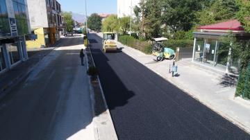 Refik Aras Sokağa asfalt döküldü